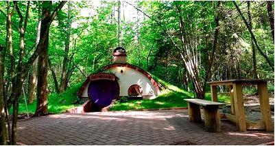 Подборка самых необычных отелей мира от туроператоров Украины